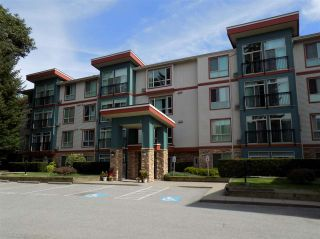 """Photo 1: 205 33485 SOUTH FRASER Way in Abbotsford: Central Abbotsford Condo for sale in """"CITADEL RIDGE"""" : MLS®# R2490166"""