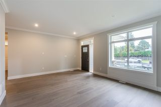 Photo 3: 4851 201A STREET in Langley: Brookswood Langley House for sale : MLS®# R2508520