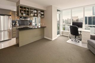 """Photo 9: 1611 833 SEYMOUR Street in Vancouver: Downtown VW Condo for sale in """"CAPITOL by WALL FINANCIAL"""" (Vancouver West)  : MLS®# R2070039"""