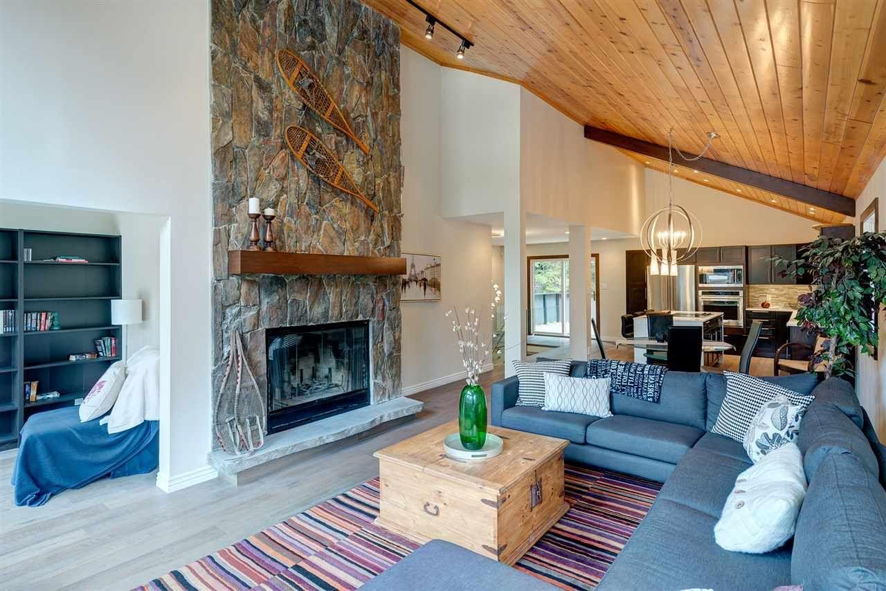 "Main Photo: 6315 FAIRWAY Drive in Whistler: Whistler Cay Heights House for sale in ""Whistler Cay Heights"" : MLS®# R2083888"
