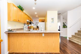 """Photo 6: 28 46906 RUSSELL Road in Chilliwack: Promontory Townhouse for sale in """"Russell Heights"""" (Sardis)  : MLS®# R2542440"""