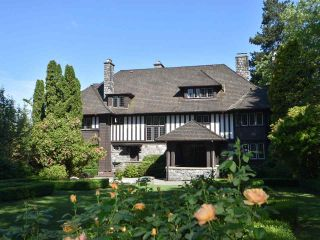 """Photo 1: 3333 THE Crescent in Vancouver: Shaughnessy House for sale in """"FIRST SHAUGHNESSY - THE CRESCENT"""" (Vancouver West)  : MLS®# R2174654"""