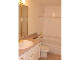 "Photo 17: 203 1250 55TH Street in Tsawwassen: Cliff Drive Condo for sale in ""SANDOLLAR"" : MLS®# V1128833"