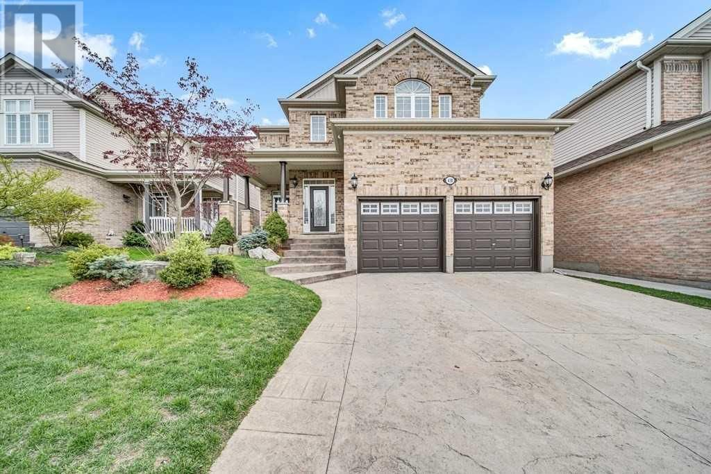 Main Photo: 438 ROBERT FERRIE DR in Kitchener: House for sale : MLS®# X5229633