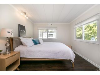 """Photo 26: 251 1840 160 Street in Surrey: King George Corridor Manufactured Home for sale in """"BREAKAWAY BAYS"""" (South Surrey White Rock)  : MLS®# R2574472"""