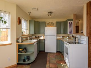 Photo 9: B 190 Cliffe Ave in COURTENAY: CV Courtenay City Half Duplex for sale (Comox Valley)  : MLS®# 843447