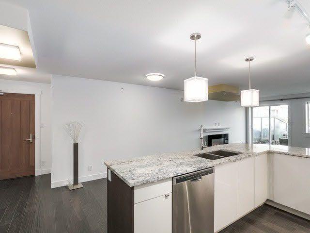 "Photo 9: Photos: 202 14955 VICTORIA Avenue: White Rock Condo for sale in ""SAUSALITO BEACH SIDE LIVING"" (South Surrey White Rock)  : MLS®# F1429658"