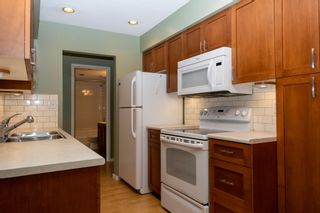 """Photo 2: 312 4363 HALIFAX Street in Burnaby: Brentwood Park Condo for sale in """"Brent Gardens"""" (Burnaby North)  : MLS®# R2601508"""