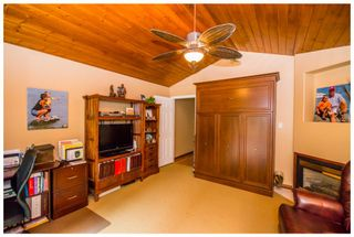 Photo 38: 689 Viel Road in Sorrento: Lakefront House for sale : MLS®# 10102875