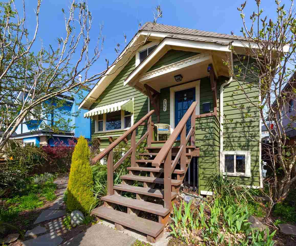 Main Photo: 731 E 57TH Avenue in Vancouver: South Vancouver House for sale (Vancouver East)  : MLS®# R2561275