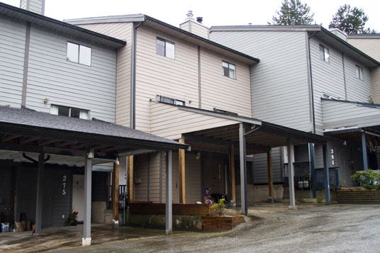 """Main Photo: 275 BALMORAL PL in Port Moody: North Shore Pt Moody Townhouse for sale in """"BALMORAL PLACE"""" : MLS®# V996164"""