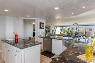 Photo 11: Condo for sale : 3 bedrooms : 230 W Laurel St #404 in San Diego