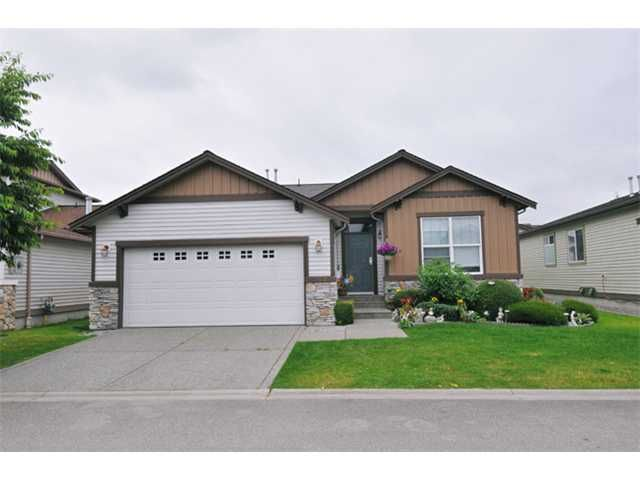 Main Photo: 152 19639 MEADOW GARDENS Way in Pitt Meadows: North Meadows House for sale : MLS®# V902175