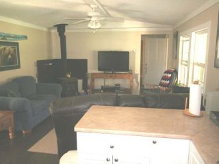 Photo 15: 3261 YELLOWHEAD HIGHWAY in : Barriere House for sale (North East)  : MLS®# 129855