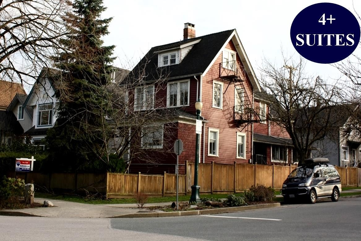 Main Photo: 500 E 11TH Avenue in Vancouver: Mount Pleasant VE House for sale (Vancouver East)  : MLS®# R2436182