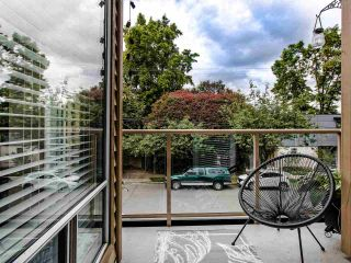 """Photo 2: 206 1100 W 7TH Avenue in Vancouver: Fairview VW Condo for sale in """"WINDGATE CHOKLIT PARK"""" (Vancouver West)  : MLS®# R2467547"""