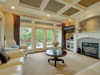 Photo 4: 6437 Fox Glove Terr in VICTORIA: CS Tanner House for sale (Central Saanich)  : MLS®# 801370