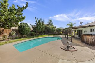 Photo 5: EAST ESCONDIDO House for sale : 3 bedrooms : 420 S Orleans Ave in Escondido