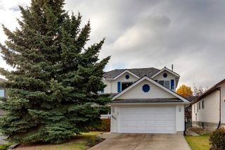Photo 1: 627 Sierra Morena Place SW in Calgary: Signal Hill Detached for sale : MLS®# A1042537
