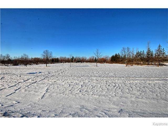 Main Photo:  in LORETTE: Dufresne / Landmark / Lorette / Ste. Genevieve Residential for sale (Winnipeg area)  : MLS®# 1530862