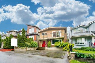 Photo 3: 111 N FELL Avenue in Burnaby: Capitol Hill BN House for sale (Burnaby North)  : MLS®# R2583790