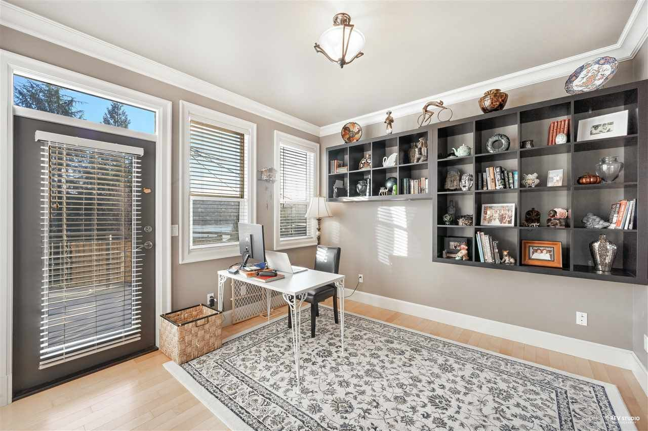Photo 18: Photos: 645 IOCO Road in Port Moody: North Shore Pt Moody House for sale : MLS®# R2537725