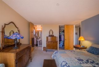 Photo 9: MISSION HILLS Condo for sale : 2 bedrooms : 4082 Albatross #6 in San Diego