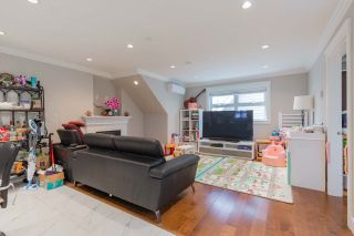 Photo 4: 2353 E 41ST Avenue in Vancouver: Collingwood VE House for sale (Vancouver East)  : MLS®# R2558105