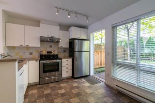 """Photo 3: 7387 MAGNOLIA Terrace in Burnaby: Highgate Townhouse for sale in """"MONTEREY"""" (Burnaby South)  : MLS®# R2376795"""