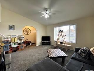 Photo 9: 909 I Avenue South in Saskatoon: Riversdale Residential for sale : MLS®# SK855889