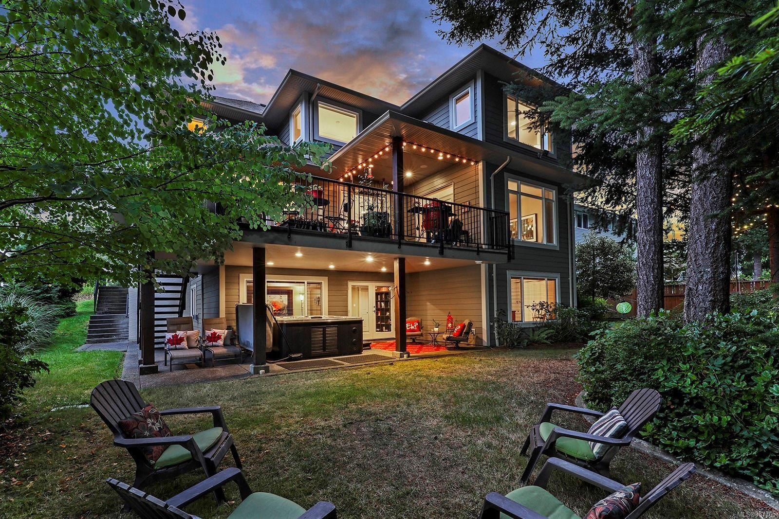 Photo 4: Photos: 1516 Highridge Dr in : CV Comox (Town of) House for sale (Comox Valley)  : MLS®# 857765
