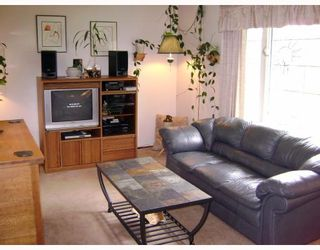 Photo 6: 140 BENTLEY Street in WINNIPEG: Maples / Tyndall Park Residential for sale (North West Winnipeg)  : MLS®# 2813042