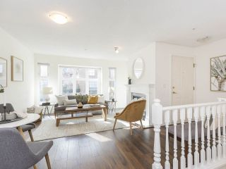 """Photo 3: 735 W 7TH Avenue in Vancouver: Fairview VW Townhouse for sale in """"The Fountains"""" (Vancouver West)  : MLS®# R2544086"""
