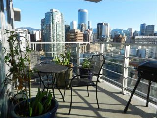"""Photo 8: 1806 1255 SEYMOUR Street in Vancouver: Downtown VW Condo for sale in """"ELAN"""" (Vancouver West)  : MLS®# V1056105"""