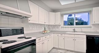 Photo 6: 1106 DUTHIE Avenue in Burnaby: Simon Fraser Univer. House for sale (Burnaby North)  : MLS®# R2449278