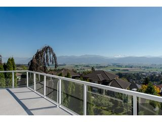 "Photo 19: 35976 EMPRESS Drive in Abbotsford: Abbotsford East House for sale in ""Regal Peak Estates"" : MLS®# R2109654"