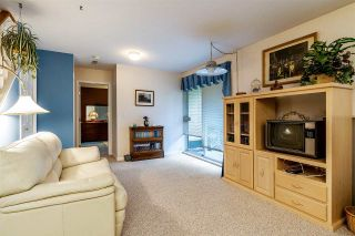 """Photo 15: 8 22538 116 Avenue in Maple Ridge: East Central Townhouse for sale in """"POOLSIDE VILLAS"""" : MLS®# R2413715"""