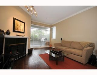 """Photo 7: 105 2250 W 3RD Avenue in Vancouver: Kitsilano Condo for sale in """"HENLEY PARK"""" (Vancouver West)  : MLS®# V755957"""