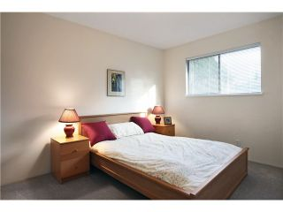 "Photo 8: 3 21550 CHERRINGTON Avenue in Maple Ridge: West Central 1/2 Duplex for sale in ""MAPLE RIDGE ESTATES"" : MLS®# V890073"