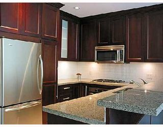 "Photo 5: 313 4685 VALLEY Drive in Vancouver: Quilchena Condo for sale in ""MARGUERITE HOUSE I."" (Vancouver West)  : MLS®# V728378"