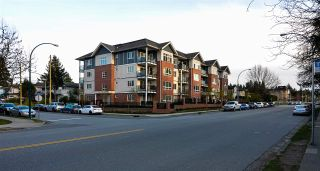 "Main Photo: 304 2268 SHAUGHNESSY Street in Port Coquitlam: Central Pt Coquitlam Condo for sale in ""UPTOWN POINTE"" : MLS®# R2564175"