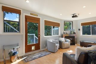 Photo 10: 952 LEE Street: White Rock House for sale (South Surrey White Rock)  : MLS®# R2351261