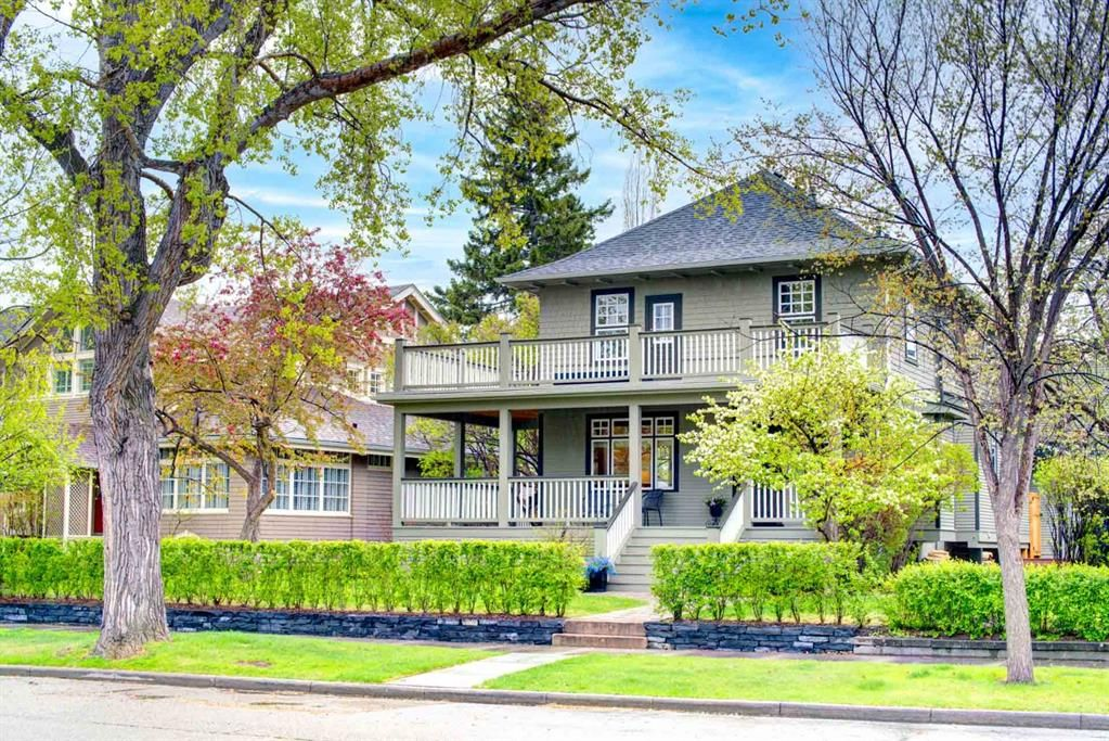 Main Photo: 2719 Wolfe Street SW in Calgary: Upper Mount Royal Detached for sale : MLS®# A1110575