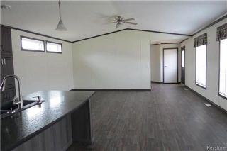 Photo 6: 36 Timber Lane in St Clements: Pineridge Trailer Park Residential for sale (R02)  : MLS®# 1806699