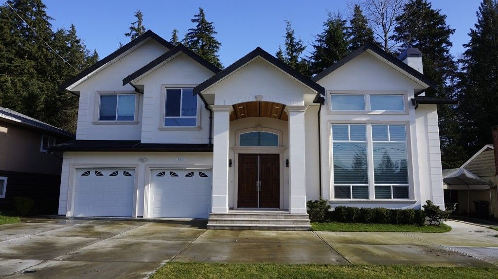 Main Photo: 711 Wilmot Street in Coquitlam: Central Coquitlam House for sale : MLS®# R2030074