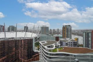 "Photo 6: 2508 89 NELSON Street in Vancouver: Yaletown Condo for sale in ""THE ARC"" (Vancouver West)  : MLS®# R2516690"