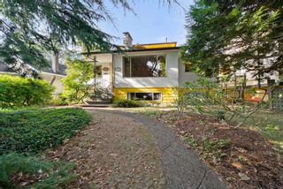 Photo 2: 3719 W 1ST Avenue in Vancouver: Point Grey House for sale (Vancouver West)  : MLS®# R2619342
