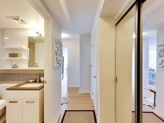 Photo 2: 295 Adelaide Street  St W Unit #1502 in Toronto: Waterfront Communities C1 Condo for sale (Toronto C01)  : MLS®# C3684547