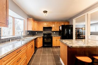 Photo 8: 10672 Shillington Crescent SW in Calgary: Southwood Detached for sale : MLS®# A1062670