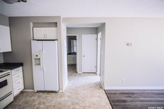 Photo 5: 15 111 ST LAWRENCE Crescent in Saskatoon: River Heights SA Residential for sale : MLS®# SK844818
